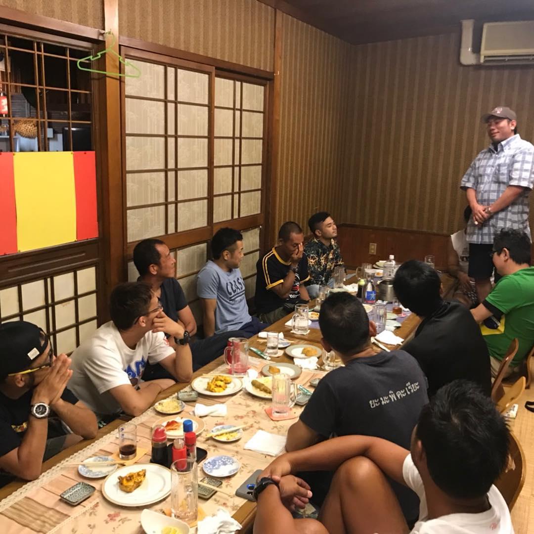 昨日はパラエストラコザスタジオの親睦会でした! 皆んなで普段話さない事や格闘技の話など 楽しいひと時でした^ ^ 定期的にこういった交流会を開催してコザスタジオの結束力がどんどん深まれば良いなと思います! #THEパラエストラ沖縄#コザスタジオ#修斗#柔術#キックボクシング#総合格闘技#shooto#ダイエット#フィットネス#初心者大歓迎#夏の豪華キャンペーン実施中