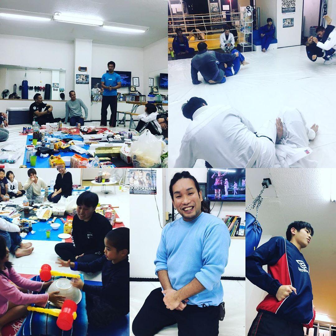 先週末土曜日、 Theパラエストラ沖縄コザスタジオで行われた忘年会では1年の苦労を労い楽しい時間をワイワイと、恒例のゲーム、諸々砕けたお話、来年の目標を語り合い有意義な時間を過ごせました! そして本日12/16月曜日はクラス参加者15名とコザスタジオでは多い人数で良い練習ができましたねー、 今年もあと少し、2020年に向けて引き続き頑張っていきましょう!  明日も良い1日を⭐️ #パラエストラ #沖縄 #那覇 #与儀 #MMA #shooto #コザ #総合格闘技 #修斗 #キックボクシング #柔術 #jiujitsu #ダイエット