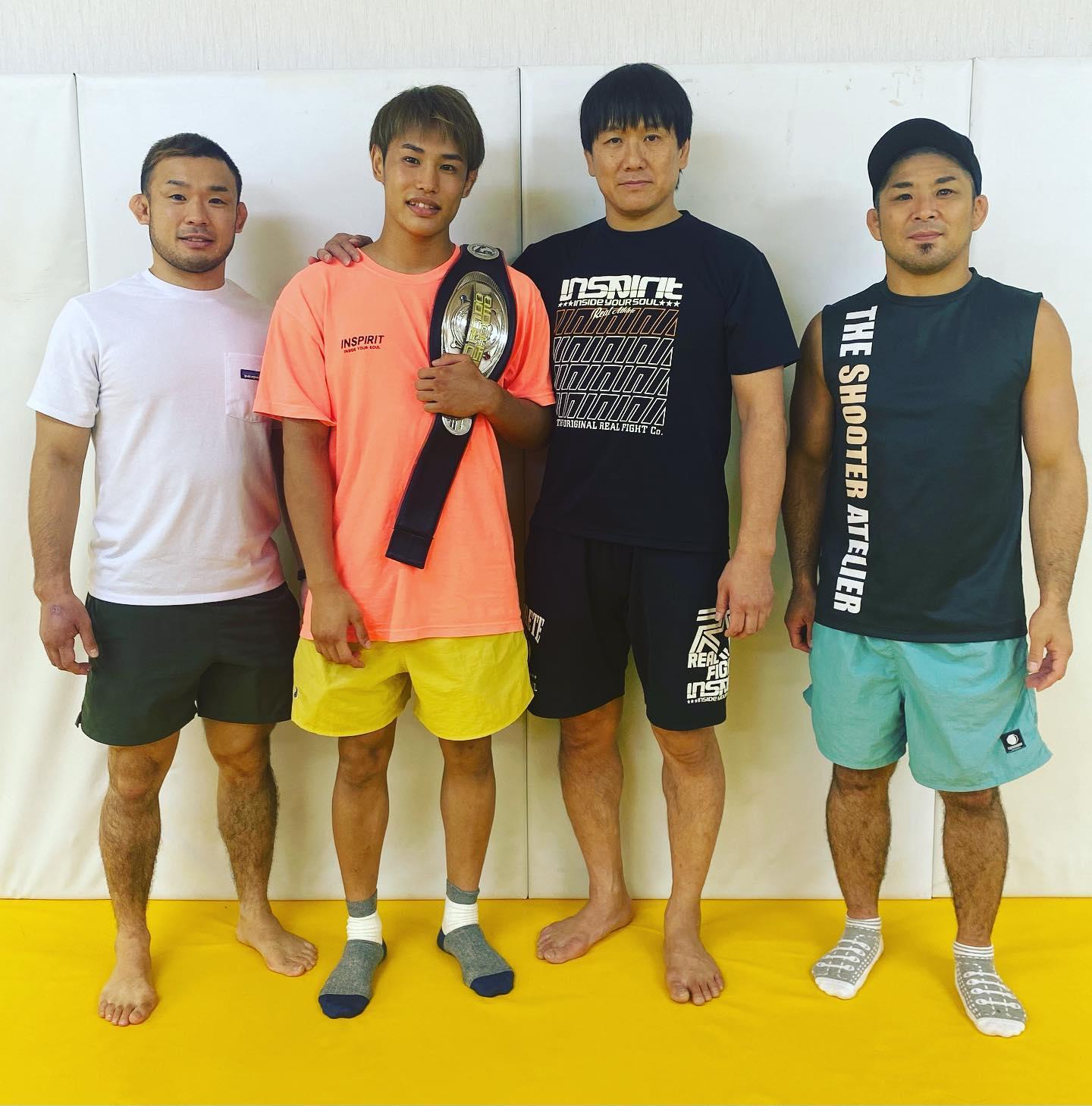 僭越ながら『DROP KICK』チャンネル様にインタビューしていただきました!沖縄初の修斗世界王者・平良達郎はこうして生まれた「ただ格闘技を教えるだけではない、指導者は選手の人生に寄り添うことが大事だ」皆様御一読頂ければ幸いです、よろしくお願いします!https://sp.ch.nicovideo.jp/dropkick/blomaga/ar2040015#DROPKICK#松根良太#パラエストラ #沖縄 #那覇 #与儀 #MMA #shooto #コザ #総合格闘技 #修斗 #キックボクシング #柔術 #jiujitsu #ダイエット